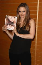 Barnes And Noble Los Angeles Alicia Silverstone At Book Signing At Barnes U0026 Noble In Los