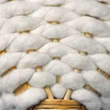 tapis boule feutre panier en feutre de laine de galicie pas cher pro idee