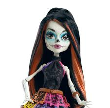 Monster High Halloween Doll by Amazon Com Monster High Travel Scaris Skelita Calaveras Doll