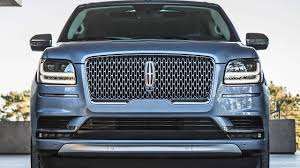 jeep range rover 2018 2018 lincoln navigator u2013 ready to fight range rover youtube