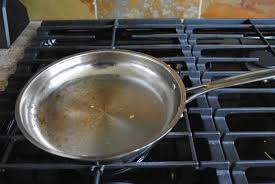 nettoyer inox cuisine comment nettoyer une casserole en inox brûlée casserole en inox
