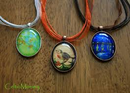 Customize Your Own Necklace Awesome Tutorial On Creating Oval Necklaces Uses Images From Here