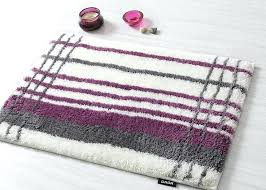 Plum Bath Rugs Plum Bath Rug Plum Bow You Look Bath Mat Outfitters
