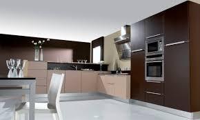 pyram cuisine cuisine contemporaine en bois laquée futura pyram industries