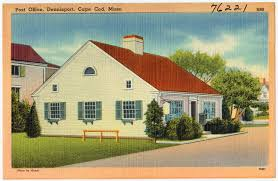 characteristics of a cape cod home curb appeal