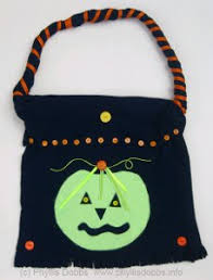 trick or treat bags candy corn trick or treating bag allfreesewing