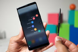 8yahoo Samsung Galaxy Note 8 Boasts A 6 3 Inch Display And A Smaller
