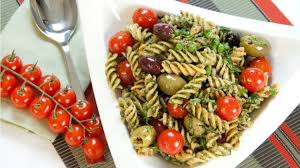 how to make a pasta salad pesto fusilli pasta salad youtube