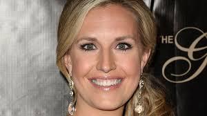 short hair female cnn anchor what made anchor poppy harlow pass out live on the air abc news