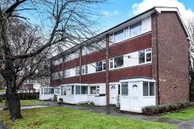 2 Bedroom Homes 2 Bedroom Houses For Sale In Wallington Surrey Rightmove