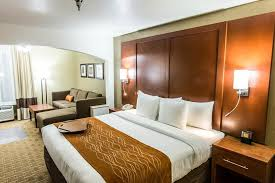 Comfort Suites Springfield Comfort Inn U0026 Suites Springfield Mo Booking Com