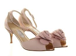 wedding shoes mid heel low heel pink wedding shoes be and move freely with kitten