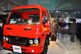 mahindra jeep 2016 mahindra blazo series and loadking optimo tipper at 2016 auto expo