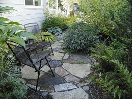 Yard Patio Sustainable And Earth Friendly Gardens With Year Round Interest