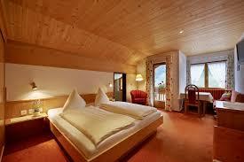 chambre d hotel 4 personnes chambre familiale brunella 2 4 personnes chambres suites