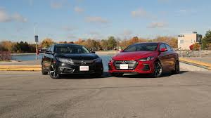 honda civic or hyundai elantra 2017 hyundai elantra vs 2017 honda civic