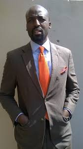 what color shirt with light grey suit perfect gentleman february 2016