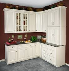 How To Clean White Kitchen Cabinets by Clean Antique White Kitchen Cabinets How To Change The Look Of
