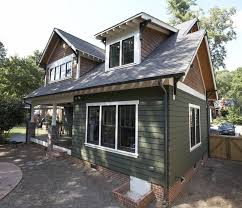 craftsman style home with hardie artisan siding in mountain