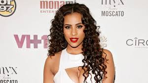 cyn santana hair cyn santana gave birth like 12 seconds ago and already looks