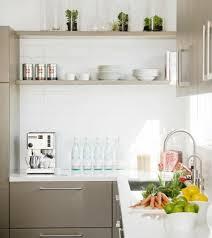 cuisine blanche mur taupe cuisine taupe 51 suggestions charmantes et très tendance