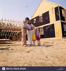 3000 leagues in search of mother boy mother 1970s stock photos u0026 boy mother 1970s stock images alamy