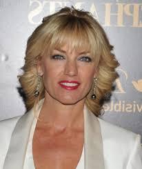 medium length hairstyles for women over 40 length hairstyles for women over 40
