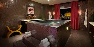 Hotels With Large Bathtubs Top Bathrooms Guide To Vegas Vegas Com