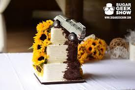 jeep cake jeep with moving wheel wedding cake u2013 sugar geek show