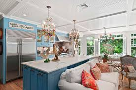 Celebrity Homes Decor Christie Brinkley Hamptons House For Sale Hamptons Real Estate