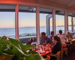 seafood restaurant reservations beachside bar cafe