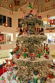 Commercial Christmas Decorations Sydney by Christmas Decorations Aventura Mall In Miami Florida Miami