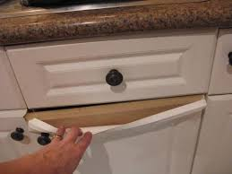 re laminating kitchen cabinets how do you paint laminate kitchen cupboards when they re peeling
