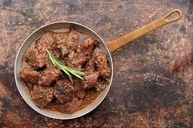 comment cuisiner une dinde pour quel reste moelleuse comment faire pour que la viande du bœuf bourguignon reste tendre