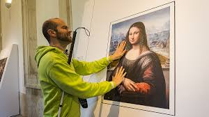 Planet Of The Blind Do Touch The Artwork At Prado U0027s Exhibit For The Blind Parallels