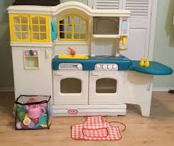 Little Tikes Childrens Kitchen by Vintage Little Tikes Country Kitchen Full Size For Sale In