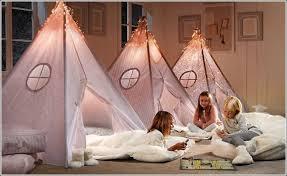 jeux de fille d馗oration de chambre décor de maison décoration chambre décorez la chambre ou la salle