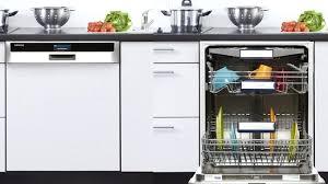vaisselle cuisine electromenager cuisine encastrable un lave vaisselle encastrable