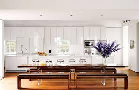 comment d oucher un ier de cuisine naturellement cuisine blanche laquée 99 exemples modernes et élégants