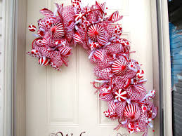 candy cane wreath christmas wreath red and white wreath