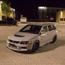 mitsubishi lancer wagon deze linksgestuurde mitsubishi lancer evolution wagon is gloednieuw