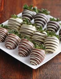 chocolate covered strawberries where to buy 40 best chocolate covered fruit images on chocolate