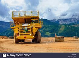heavy duty trucks dump trucks hauly erzberg mountain at