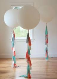 big plastic balloons five ways to use balloons in your wedding decorations