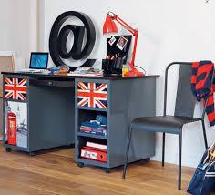 bureau de chambre bureau chambre enfant modele maison du monde