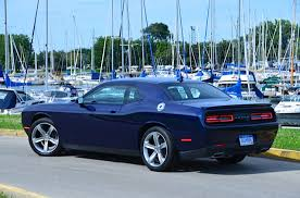2009 dodge challenger sxt 2015 dodge challenger sxt review by larry nutson the auto channel
