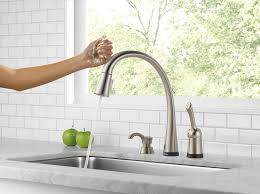 Kitchen Sink Faucets Reviews by Delta 980t Sssd Dst Review Kitchen Faucet Reviews
