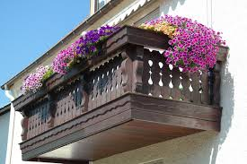 best balcony flower box ideas