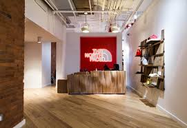 Laminate Flooring Nyc The North Face Nyc Showroom Mercer White Oak Flooring Resawn
