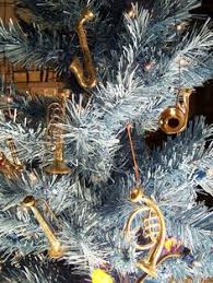 3 assorted black instrument ornaments